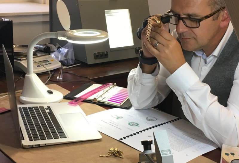 Jewellery Valuations with a Registered Jewellery Valuer
